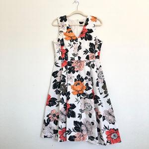 Ann Taylor White Floral Print A Line Dress Size 10